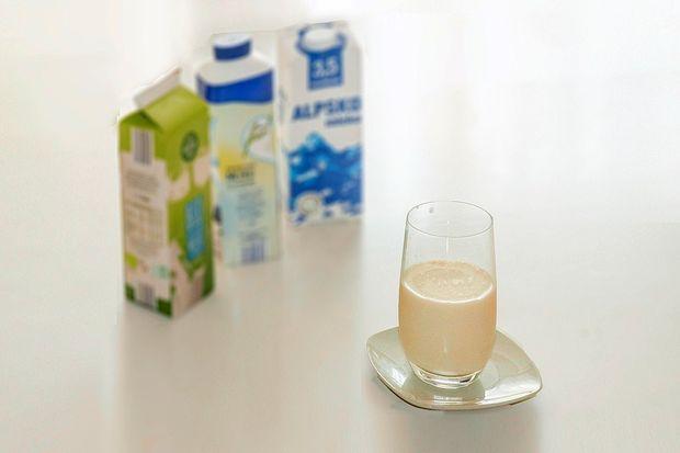 Zakaj je mleko brez laktoze sladko?
