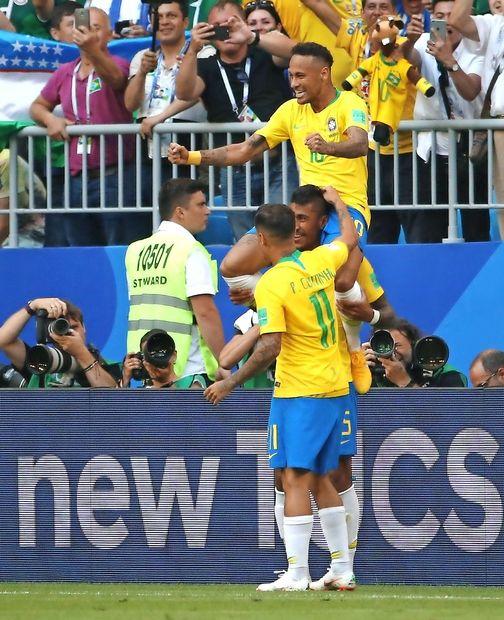 Neymar ostaja