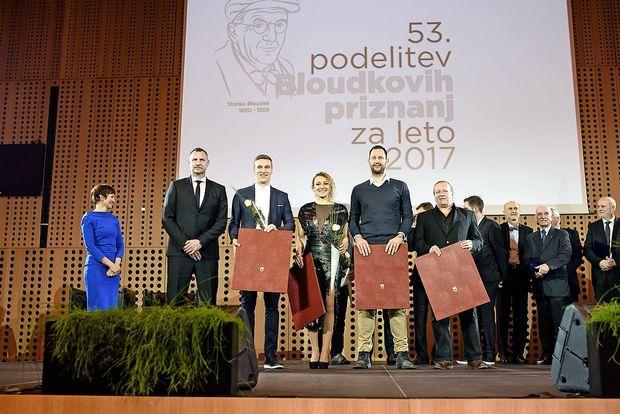 Nagrade tudi na Primorsko