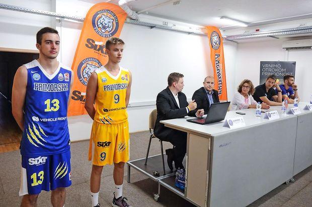 Sixt Primorska dobrodelno v novo sezono