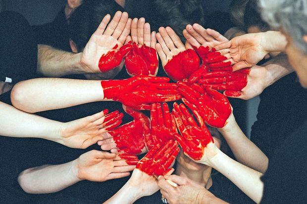 Izražajte ljubezen, pojdite po pomoč