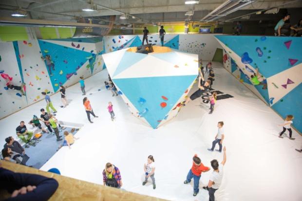 V notranjosti koprske plezalne dvorane je pogosto živahno. (Foto vir: MOK)