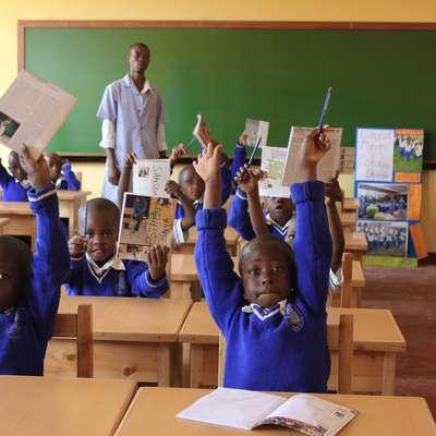 V Kigaliju v Ruandi so pred tremi leti zgradili novo šolo za 500 otrok  iz revnih družin. Foto: Slovenska karitas