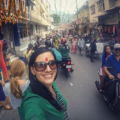 V Indiji, kamor jo je od nekdaj vleklo in kamor se namerava vselej  vračati, se Nuša Pevc počuti kot doma. Foto: osebni arhiv Nuše Pevc