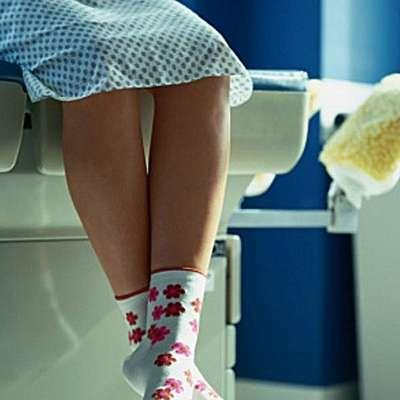 V naslednjih petih letih bi lahko zaradi upokojevanja brez svojega  ginekologa ostalo 300.000 žensk.