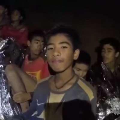 Tajski dečki bodo dobili drese hrvaške nogometne reprezentance