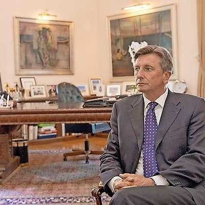 Po javnomnenjski raziskavi, ki jo je  za RTV Slovenija opravila  družba Episcenter, bi Borut Pahor v prvem krogu prejel 51,1  odstotka glasov. Foto: Leo Caharija