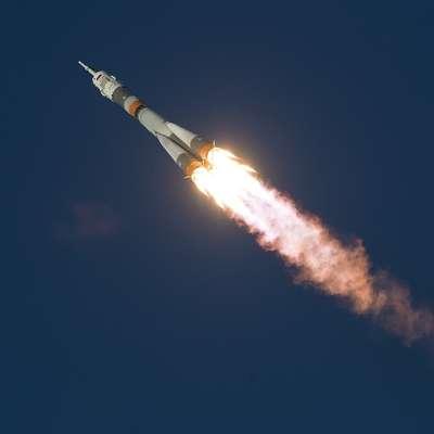 Sojuz je ob vrnitvi na Zemljo v prostem padu zasilno pristal v  kazahstanski stepi. Foto: pixabay