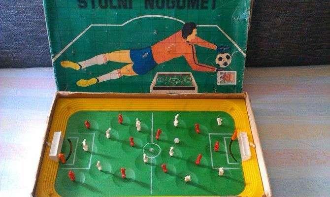 Za nostalgike: igrače iz časa pred pametnimi telefoni