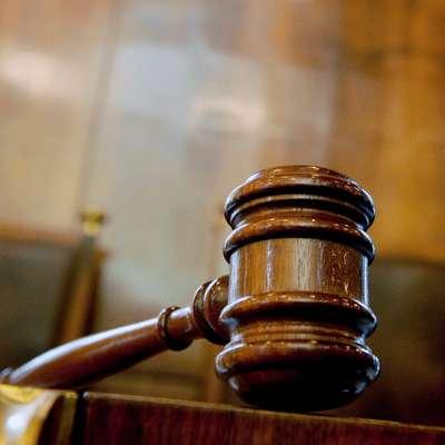 Italijansko sodišče znižalo kazen Slovencu zaradi novačenja borcev za IS