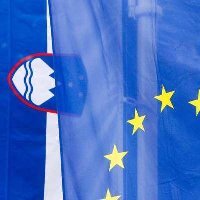 Sloveniji se v sredo izteka rok za odgovor na hrvaški ugovor glede  pristojnosti Sodišča EU o odločanju na slovensko tožbo proti  Hrvaški zaradi nespoštovanja evropskega prava. Foto: STA