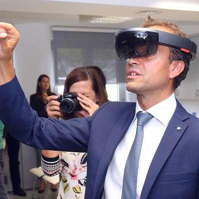 Davide Rigamonti z Microsoftovimi očali Foto: Zdravko Primožič/FPA
