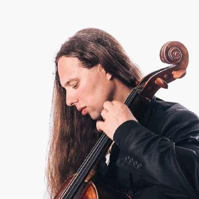 Violončelist Antonije Hajdin obožuje klasično glasbo.