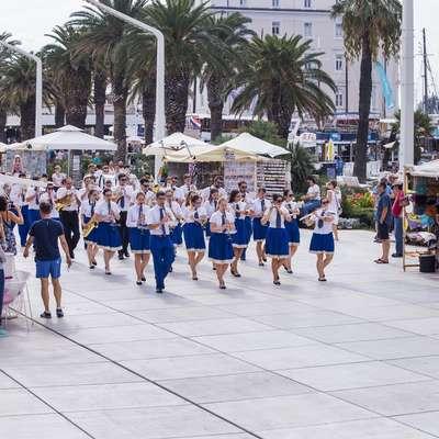 V soboto so korakali po splitski promenadi in navdušili tamkajšnje  občinstvo.   Foto: Miroslav Lelas