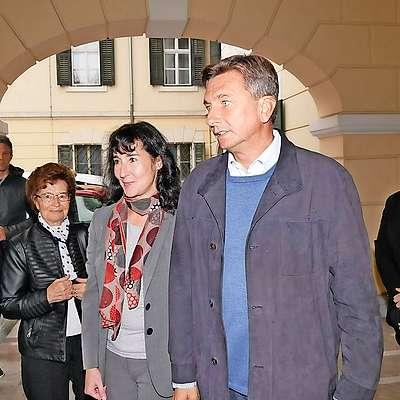 Volilna napoved, ki jo je za RTVS danes opravila agencija  Episcenter, kaže, da je aktualni predsednik Borut Pahor  zmagovalec današnjih predsedniških volitev. Foto: MATJAZ CAHARIJA