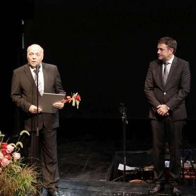 Sergij Pelhan,  nekdanji župan, direktor SNG,  minister za kulturo in  predsednik Slovenske izseljenske matice, je nagrado Franceta  Bevka prejel za življenjsko delo na področju kulture.  Foto: Leo Caharija