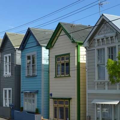 Nova Zelandija tujcem prepovedala nakupe stanovanjskih nepremičnin