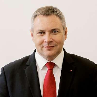 Predsednik SD Dejan Židan se bo na volilnem kongresu 6. oktobra  v Novi Gorici ponovno potegoval za najvišji položaj v stranki. Foto: Daniel Novakovic