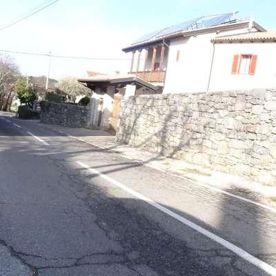 Obnova ceste v Vojščici je v načrtih že dve desetletji. Foto: Alenka Ožbot