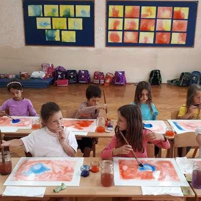 V minulem šolskem letu je prva dva razreda waldorfske šole  v  Bukovici obiskovalo 23 učencev. Foto: Waldorfska šola Primorska