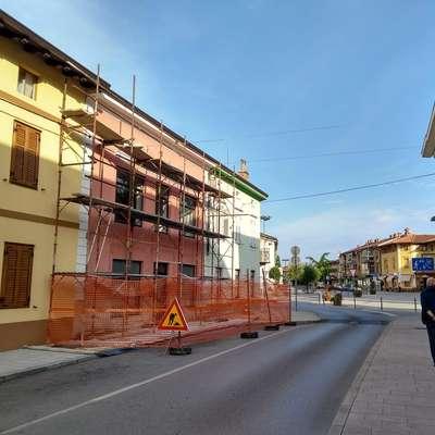 Čez nekaj mesecev po nekatere knjige ne bo več treba v Novo Gorico, saj bodo na voljo ob glavnem trgu. Foto: Mitja Marussig