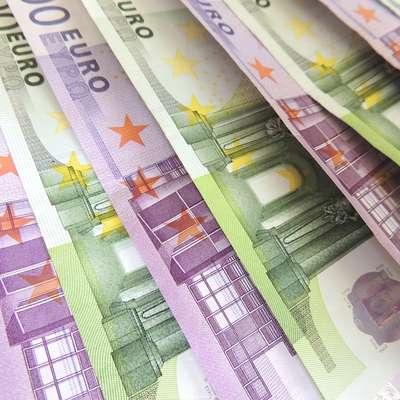 Obsojena sta po ugotovitvi sodišča skušala od Grosupeljčana  izsiliti 160.000 evrov. Foto: pixabay.com