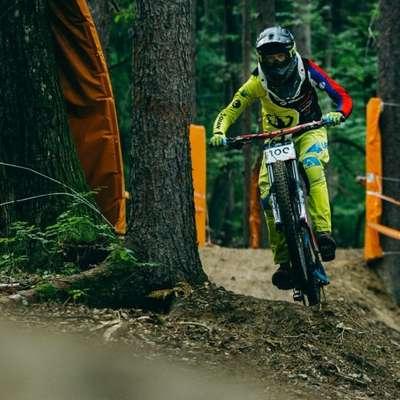 Gorsko kolesarstvo je adrenalinski in zaradi tega lahko tudi  nevaren šport. (Fotografija je simbolična) Foto: Klemen Humar