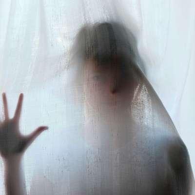 Obsojeni moški je zlorabo deklice opravičeval z ljubeznijo, ki naj bi jo čutil do nje.