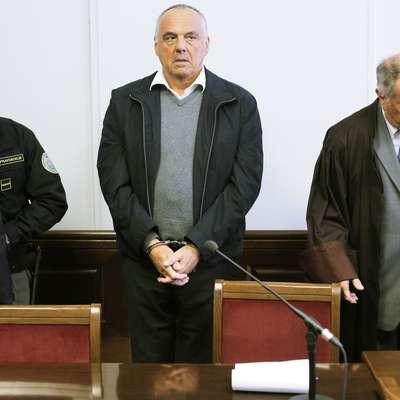 Milko Novič med sojenjem, ob njem odvetnik Jože Hribernik. Foto: STA