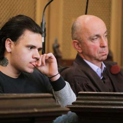 Višje sodišče je Stefanu Cakiću zaradi uboja Gašperja Tiča v stanju  bistveno zmanjšane prištevnosti prisodilo 10 let zaporne kazni in  tako prvostopenjsko sodbo zvišalo za leto in pol, so potrdili na  Okrožnem državnem tožilstvu v Ljubljani.  Foto: STA