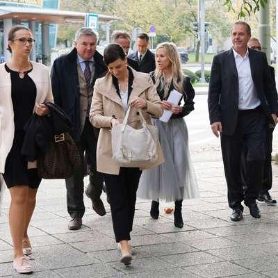 Štirje od šestih obtoženih goljufije na škodo EU, goljufije in  ponarejanja listin so se včeraj udeležili predobravnavnega naroka,  že aprila pa so s tožilstvom sklenili sporazume o priznanju  krivde. Foto: Leo Caharija