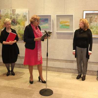 Razstavo Misli v barvah so  na dan žena   v Kulturnem centru Lojze Bratuž v Gorici odprle ženske.   Foto: Bumbaca/Primorski dnevnik
