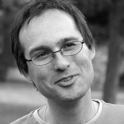 Dr. Marcello Potocco je literarni komparativist, literarni teoretik, pesnik in prevajalec. Dela na  Oddelku za slovenistiko Fakultete za humanistične študije Koper$@.   Foto: Murr
