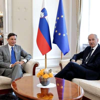Predsednik republike Borut Pahor se bo s predsednikom SDS   Janezom Janšo o mandatarski kandidaturi pogovarjal v četrtek. Foto: STA
