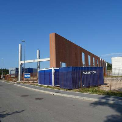 Podjetje družine Polič gradi tovarno fotonapetostnih modulov
