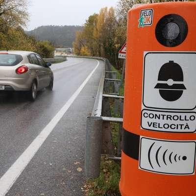 Slovenski vozniki  skoraj leto dni po storjenem  prometnem prekršku v Italiji na svoje naslove prejemajo verodostojne plačilne  naloge.   Foto: Pierluigi Bumbaca