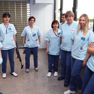 Zaposleni v zdravstveni negi so leta 2013  stavko zamrznili, opozorilno so dve uri stavkali še februarja letos;  fotografija je iz izolske bolnišnice. Foto: Zdravko Primožič/FPA