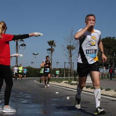 Za tekače bodo na trasah skrbeli številni prostovoljci. Foto: Stojan ROgelja