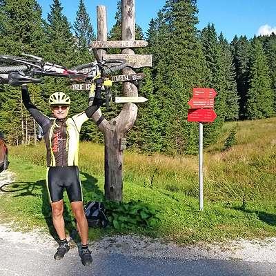 Marko Vidmar iz Prad pri Kopru (na fotografiji ob zaključku poti na Pohorju) je prvi Slovenec, ki je zbral vse žige  na STKP. osebni arhiv marka vidmarja Foto: Osebni Arhiv Marka Vidmarja