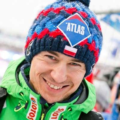 Kamil Stoch je na veliki skakalnici ubranil olimpijsko zlato. Foto: wikipedia