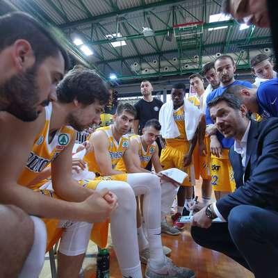 Košarkarji Primorske bodo na poti v ligo Aba1 najprej morali  preskočiti čačanski Borac. Foto: Zdravko Primožič/FPA