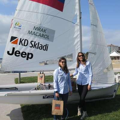 Tina Mrak in Veronika Macarol Foto: STA