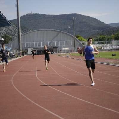 Največje presenečenje je v Novi Gorici z zmago na 400 metrov  pripravil Timothy Furlanič. Foto: Luka Calrevaris
