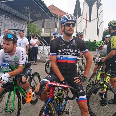 Luka Mezgec (v majici državnega prvaka) je  osvojil četrto mesto v  sprinterskem razpletu prve etape dirke po Sloveniji.    Foto: Lenart Smid