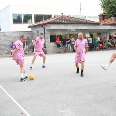 Na trojkah  v Šempasu  je med 16 ekipami zmagala Lime Colina. Foto: Igor Mušič