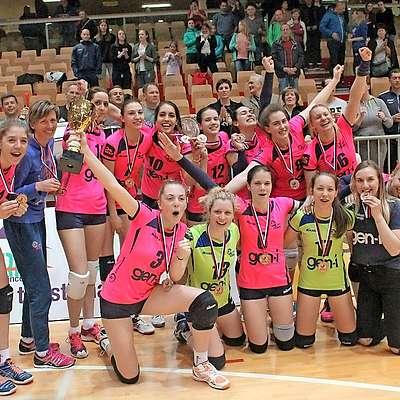 V minuli sezoni so bila najuspešnejši primorski prvoligaš   dekleta novogoriškega Gen-I Volleya, ki so osvojila tretje  mesto. Foto: Igor Mušič