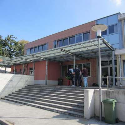 Svet Osnovne šole Srečka Kosovela Sežana ni izglasoval novega  mandata dosedanji ravnateljici Jadranki Mihalič. Foto: Lea Kalc Furlanič