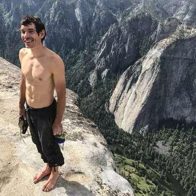 Alex Honnold po neverjetnem plezalskem podvigu.