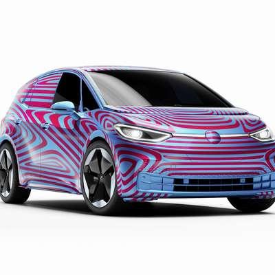 Zakaj oznaka ID.3? Ker je to tretja revolucija avtomobilske znamke v zgodovini. Prva je bil hrošč,  druga golf, tretja pa je  električni avto, izdelan na platformi MEB. Foto: VW