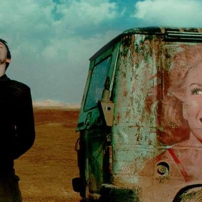 Foxtrot izraelskega režiserja Samuela Maoza je osvojil nagrado  žirije na lanski beneški Mostri.